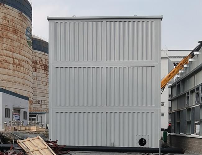 大连泰山热电9米超高预制舱天安装现场